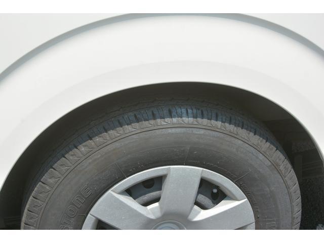 ロングDX 4ドア ハイルーフ PG付 ガソリン 3人 荷室加工有り セパレーターカーテン バックカメラ 社外ナビ レベライザー スペアキー ワンオーナー ETC ゲートサイズ約長さ136cm ストッパー迄96cmスロープ迄119cm 幅97cm(12枚目)