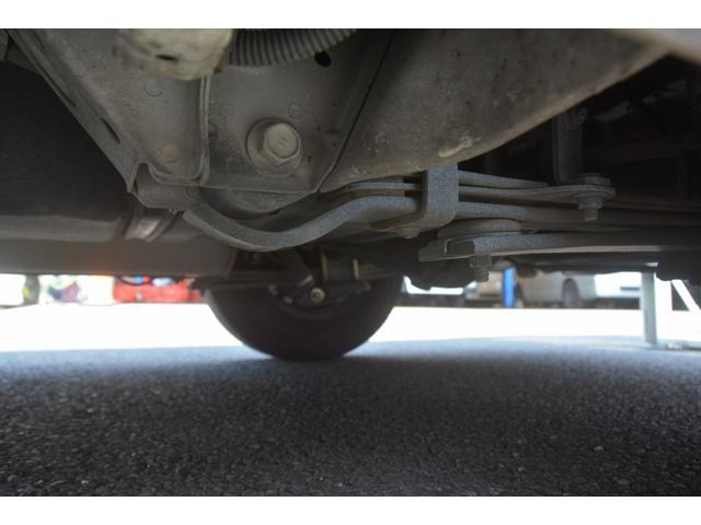 ロングDX 4ドア ハイルーフ PG付 ガソリン 3人 荷室加工有り セパレーターカーテン バックカメラ 社外ナビ レベライザー スペアキー ワンオーナー ETC ゲートサイズ約長さ136cm ストッパー迄96cmスロープ迄119cm 幅97cm(13枚目)