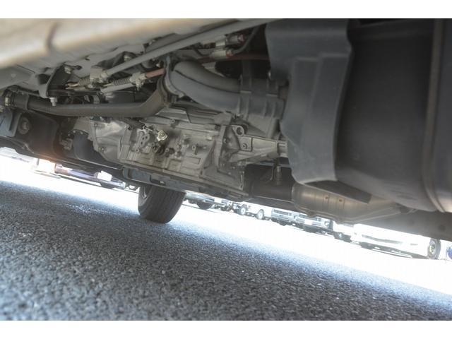 ロングDX 4ドア ハイルーフ PG付 ガソリン 3人 荷室加工有り セパレーターカーテン バックカメラ 社外ナビ レベライザー スペアキー ワンオーナー ETC ゲートサイズ約長さ136cm ストッパー迄96cmスロープ迄119cm 幅97cm(14枚目)
