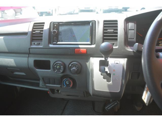 ロングDX 4ドア ハイルーフ PG付 ガソリン 3人 荷室加工有り セパレーターカーテン バックカメラ 社外ナビ レベライザー スペアキー ワンオーナー ETC ゲートサイズ約長さ136cm ストッパー迄96cmスロープ迄119cm 幅97cm(27枚目)