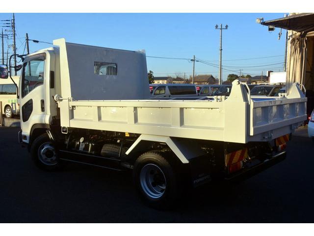バン・トラックという1台1台仕様の異なる物件を、専門知識に基づき分かりやすく説明させて頂きます。