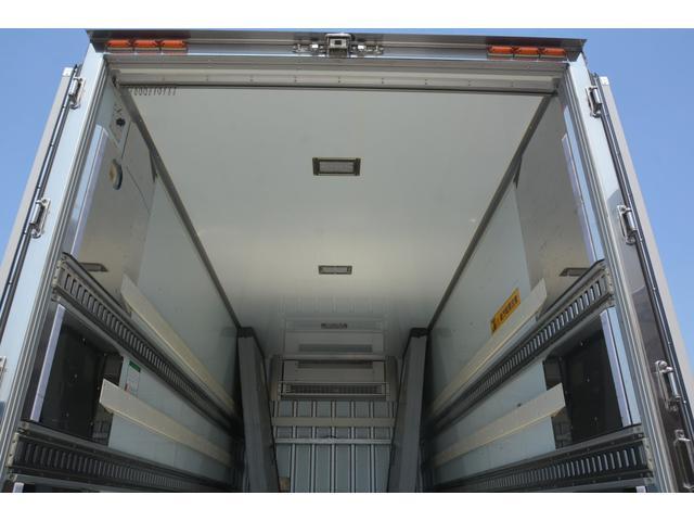 新車注文も扱っております。未使用の車などお得で納期が早いトラックもたくさん置いてありますのでご覧ください。