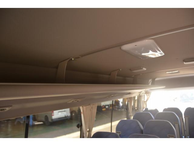 ロング GX 29人 自動ドア ナビ ルームラック AT オートステップ フォグランプ クーラー ヒーター モケットシート 後席モニター 新車時保証書 左電動格納ミラー バックカメラ ETC 暖機スイッチ スタッドレスタイヤ(25枚目)