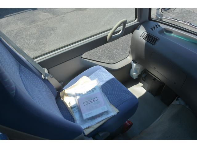 ロング GX 29人 自動ドア ナビ ルームラック AT オートステップ フォグランプ クーラー ヒーター モケットシート 後席モニター 新車時保証書 左電動格納ミラー バックカメラ ETC 暖機スイッチ スタッドレスタイヤ(32枚目)