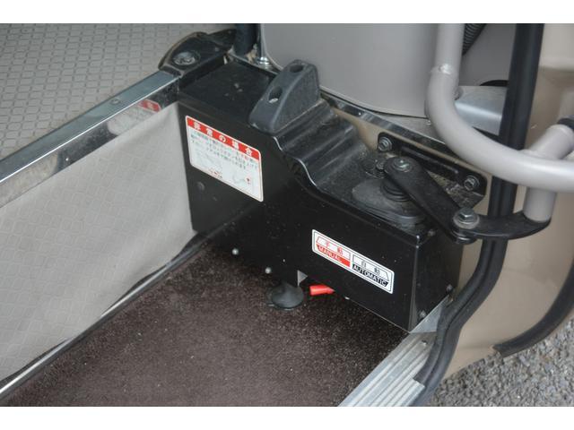 ロングEX マイクロバス エアサス 自動ドア ナビ 29人乗り 自動ドア モケットシート ルームラック ETC バックカメラ 冷蔵庫 エアサス フォグランプ(41枚目)