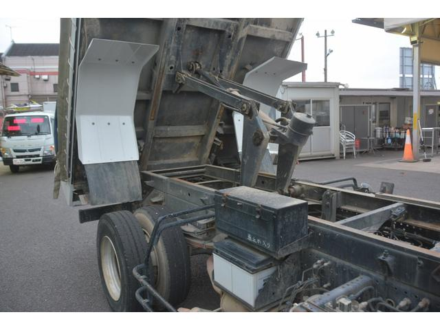 4トン ベッドレス 強化ダンプ 1方開 電動コボレーン MT 極東製 積載3800kg フォグランプ 坂道発進補助 ETC ダンプピン(22枚目)