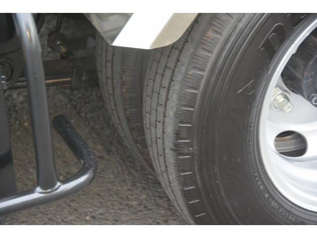 パッカー車 プレス式 新明和製 積載2000kg 4.3立米 連続動作 汚水タンク 作業灯 左電格ミラー キーレス 防臭扉(10枚目)