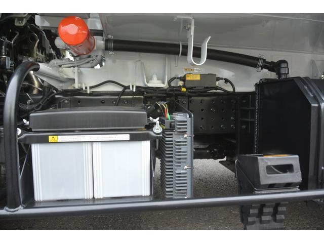 パッカー車 プレス式 新明和製 積載2000kg 4.3立米 連続動作 汚水タンク 作業灯 左電格ミラー キーレス 防臭扉(12枚目)