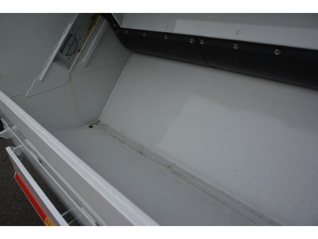 パッカー車 プレス式 新明和製 積載2000kg 4.3立米 連続動作 汚水タンク 作業灯 左電格ミラー キーレス 防臭扉(18枚目)