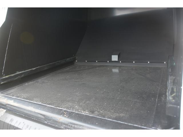 パッカー車 プレス式 新明和製 積載2000kg 4.3立米 連続動作 汚水タンク 作業灯 左電格ミラー キーレス 防臭扉(21枚目)