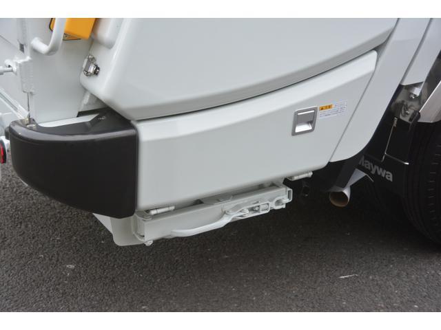パッカー車 プレス式 新明和製 積載2000kg 4.3立米 連続動作 汚水タンク 作業灯 左電格ミラー キーレス 防臭扉(22枚目)