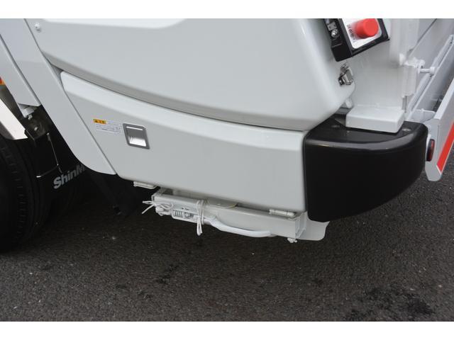 パッカー車 プレス式 新明和製 積載2000kg 4.3立米 連続動作 汚水タンク 作業灯 左電格ミラー キーレス 防臭扉(25枚目)