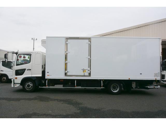 ワイド ベッド付 冷凍車 格納パワーゲート リアエアサス サイドドア 積載2300kg 6.2m長 菱重製 ジョルダー4列 キーストン -30度設定 ラッシング2段 バックカメラ(4枚目)