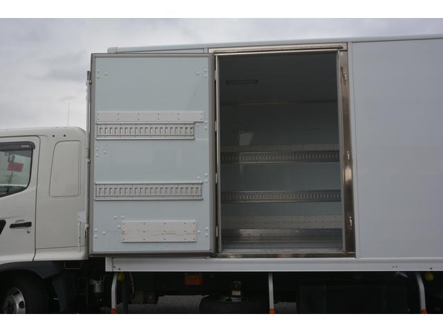 ワイド ベッド付 冷凍車 格納パワーゲート リアエアサス サイドドア 積載2300kg 6.2m長 菱重製 ジョルダー4列 キーストン -30度設定 ラッシング2段 バックカメラ(18枚目)