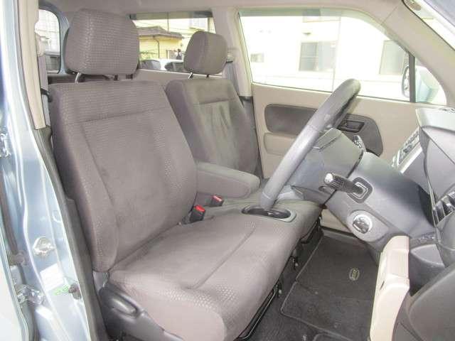ホンダ ゼスト G Gアルマス車椅子仕様4人乗り 純正CDコンポ