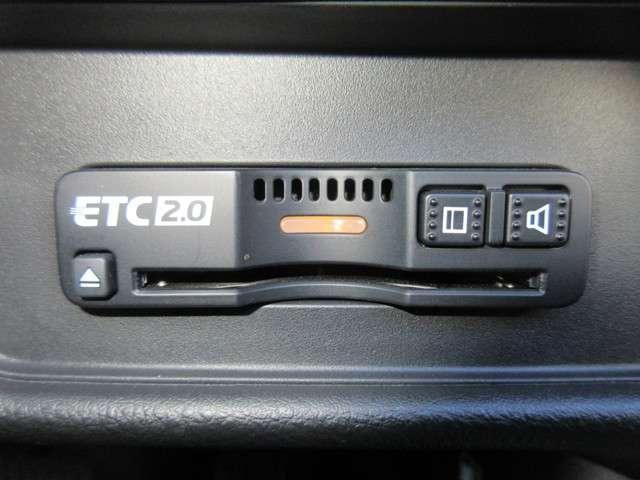 ハイブリッドアブソルート・EXホンダセンシング 純正9インチナビ Bluetooth ETC Rカメラ(11枚目)