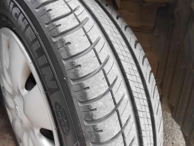 タイヤも溝まだまだあります!4本同じ状態です!!
