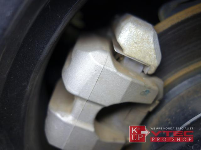 α 無限グリル・ボンネット・Fフェンダー・Fリップ・Sスポイラー・ドライカーボンウィング 社外マフラー センターディスプレイ バックカメラ 禁煙車 純正OPフューエルリッド 無限フロアマット 6MT(66枚目)