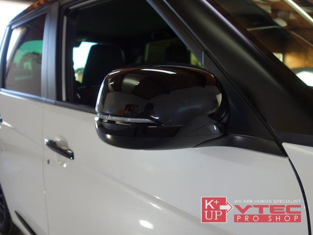 RS ホンダセンシング ナビ装着用スペシャルパッケージ 2トーンカラー 禁煙車 スマートキー LEDヘッドライト 充電用USBジャック シートヒーター 専用15インチアルミ 6速マニュアル 保証書(41枚目)