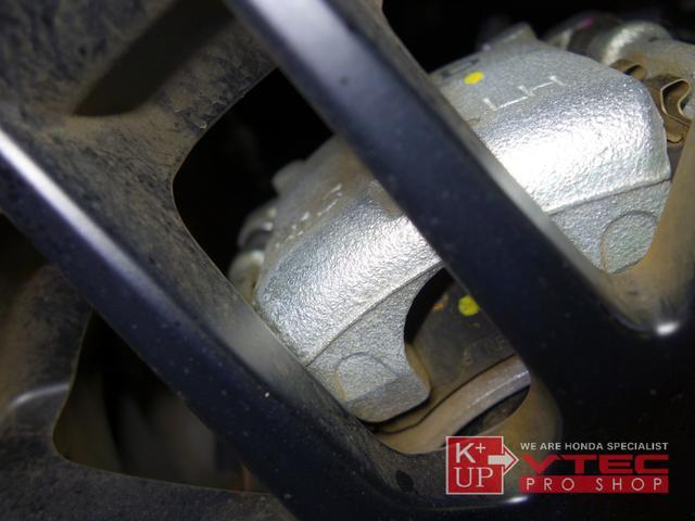 RS ホンダセンシング ナビ装着用スペシャルパッケージ 2トーンカラー 禁煙車 スマートキー LEDヘッドライト 充電用USBジャック シートヒーター 専用15インチアルミ 6速マニュアル 保証書(71枚目)