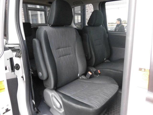 トヨタ ヴォクシー ZS 煌 後期型 純正フルエアロ スマートキー 両側自動ドア