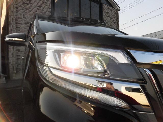トヨタ エスクァイア Gi 4WD 現行型 純正フルエアロ AW 新品ナビTV