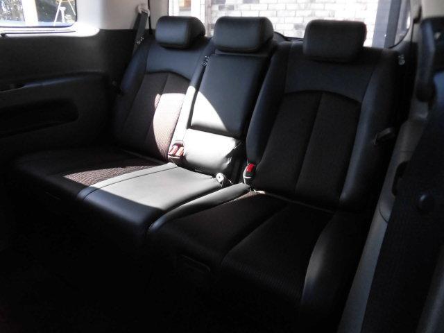 日産 エルグランド 250ハイウェイスターS 後期型 新品メモリーナビTV