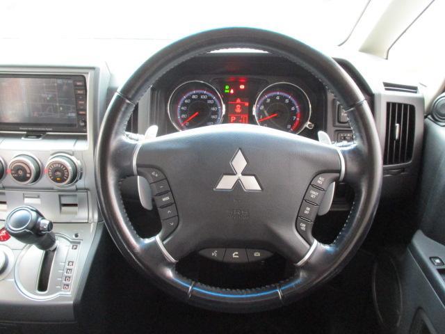 GナビPKG 4WD純正HDD地デジ後席フリップ両側電動ドア(11枚目)