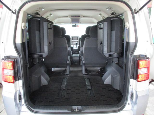 GナビPKG 4WD純正HDD地デジ後席フリップ両側電動ドア(17枚目)