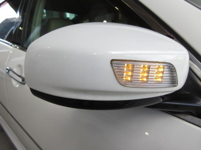 350GT 後期HDDナビS/Bカメラ白革電動暖冷シート(12枚目)