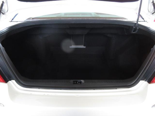 350GT 後期HDDナビS/Bカメラ白革電動暖冷シート(16枚目)
