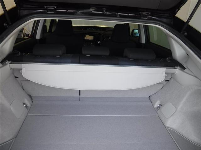 トノカバー付きのラゲ-ジルーム、旅行やお買い物、レジャーにも重宝します。また、トノカバーを外し、リヤシートを畳めば普段搭載出来ない大きな荷物を搭載することも出来ます。