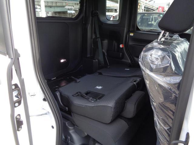 GターボリミテッドSAIII 届出済未使用車 LEDヘッドライト 両側電動スライドドア パノラマモニター スマートキー 盗難防止システム オートリトラミラー ABS ESC 衝突軽減システム 衝突安全ボディ(36枚目)