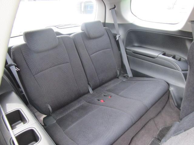 サードシートまで実用的なクリアランスが保たれています★
