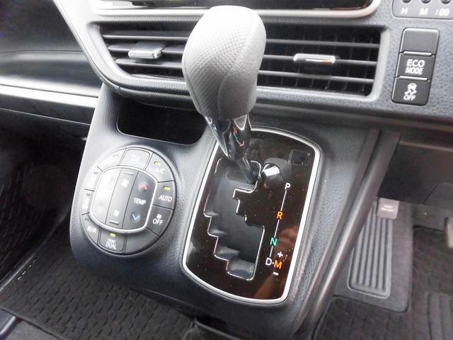 トヨタ ヴォクシー X Mナビ 両Pドア クルコン プリクラッシュ スマキー
