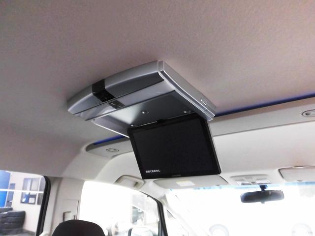 ローデスト G パワーパッケージ フルセグナビ・後席モニター・Bluetoothオーディオ・両側自動ドア・20AW・HIDライト・フォグ・本革巻ステアリング・クルーズコントロール・ETC・ドアバイザー・フロアマット・プライバシーガラス(10枚目)