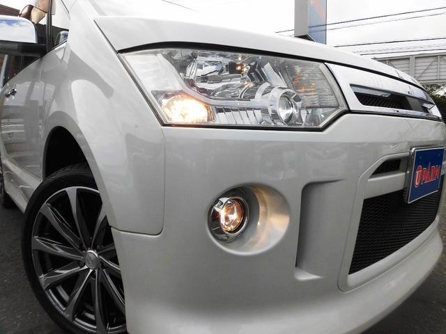 ローデスト G パワーパッケージ フルセグナビ・後席モニター・Bluetoothオーディオ・両側自動ドア・20AW・HIDライト・フォグ・本革巻ステアリング・クルーズコントロール・ETC・ドアバイザー・フロアマット・プライバシーガラス(15枚目)