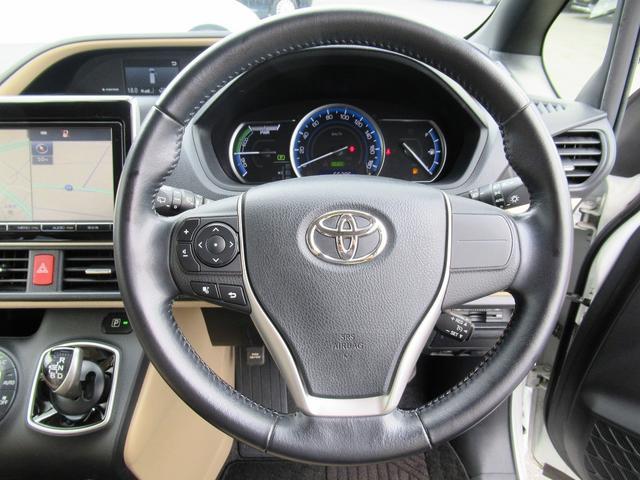 ハイブリッドG フルセグナビ・バックカメラ・Bluetoothオーディオ・両側自動ドア・シートヒーター・LEDライト・クルーズコントロール・ETC・ドアバイザー・フロアマット・本革巻ステアリング・プライバシーガラス(11枚目)