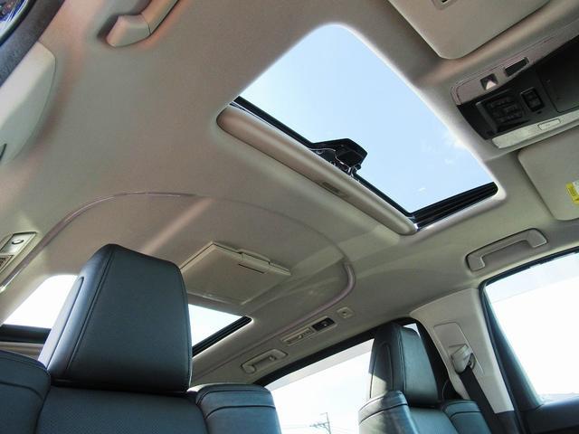 ZR Gエディション ワンオーナー・フルセグナビ・後席モニター・バックカメラ・Bluetoothオーディオ・両側自動ドア・モデリスタエアロ・19AW・レザーシート・LEDライト・サンルーフ・ETC・クルーズコントロール(14枚目)