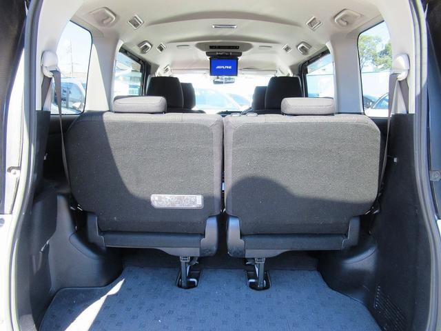 ハイブリッドG フルセグナビ・後席モニター・バックカメラ・Bluetoothオーディオ・パワースライドドア・シートヒーター・アイドリングストップ・クルーズコントロール・ETC・ドアバイザー・フロアマット・Pガラス(8枚目)