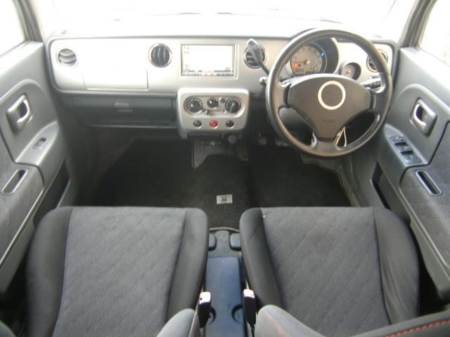 ターボ HDDナビ 車高調 SSグレード内装(3枚目)