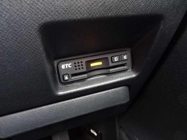 ホンダ ステップワゴンスパーダ Z 両自ドア HDD Bカメラ 16AW HID ECON