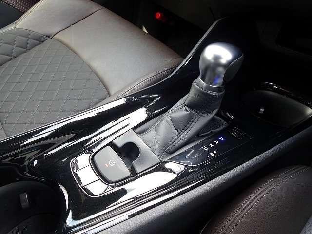 G-T 4WD Sセンス 半革 9インチナビ Bカメ ソナー(14枚目)