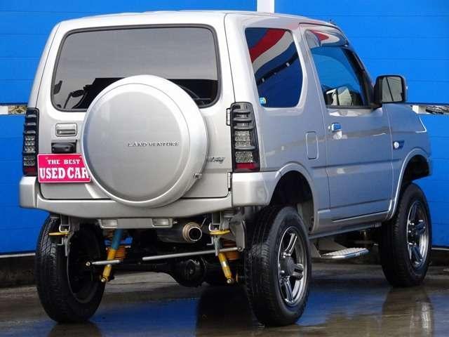 ■ジムニー 660ランドベンチャー 4WD ■記録簿・取説&ナビ説 ■修無車♪ ※登録地域によって総額に若干の違いが生じます。