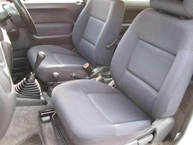 マツダ AZオフロード XC 4WDインチアップ Fラテラル