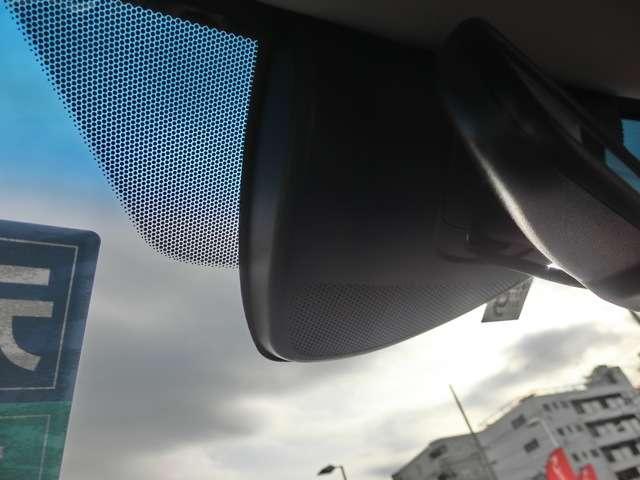 ホンダセンシング 追突軽減ブレーキCMBS 路外逸脱防止 歩行者事故低減ステアリング 先行車発進お知らせ機能 標識認識表示機能と充実