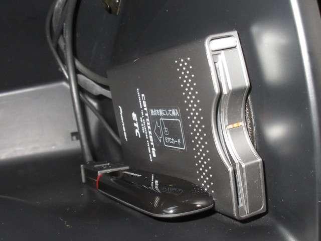 24G パイオニアメモリナビ Rカメラ ETC ワンオーナー(17枚目)