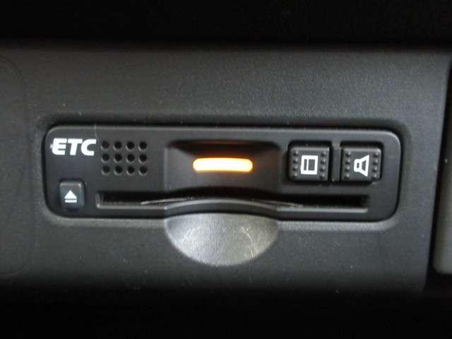 G・Lパッケージ /認定中古車/2年保証/アレルクリーンシート/ワンオーナー/禁煙車/純正メモリーナビ/Bluetooth/ETC/Rカメラ/ワンセグTV/インターナビ/片側電動スライドドア/HIDヘッドライト(13枚目)