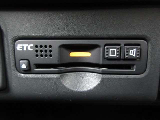 G SSパッケージ /認定中古車/2年保証/衝突軽減ブレーキ/純正メモリーナビ/アレルクリーンシート/Bluetooth/ドラレコ/ETC/HIDヘッドライト/シートヒータ/オートライト/オートリトラミラー/両側電動SD(12枚目)