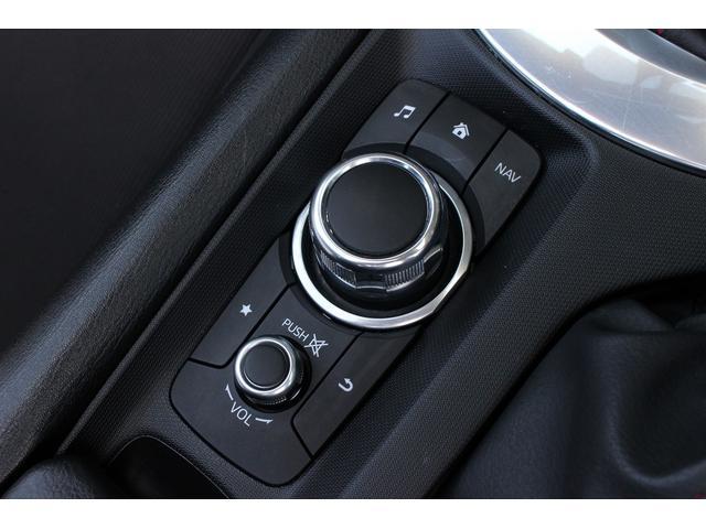 S 6速MT/純正SDナビ/地デジフルセグ/バックカメラ/LEDヘッドライト/純正17インチAW/ETC/Bluetooth接続/電動オープン/スマートキー(22枚目)